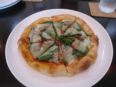 Volare (ヴォラーレ)のピザ